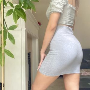 UNIQLO Gray Basic Bodycon Mini Fitted Skirt